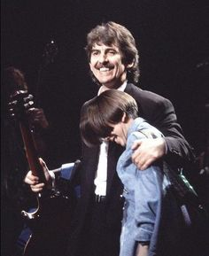 ♡♥Dhani 14 with dad do 'Natural Law Party' concert in 1992♥♡