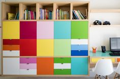 9 Ways To Add Storage To A Small House || Image Source: http://st.hzcdn.com/simgs/d2c1afd303f3b8f7_8-5500/contemporary-kids.jpg