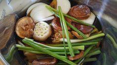 Mushroom onion stock (IP recipe)   I really like all kinds of stocks. Most of the time, I make a stock of carrots, onions, garlic, celery...