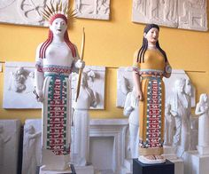 """Two different reconstructions of the painting on the """"peplos"""" Kore. From the exhibit Bunte Götter, here in Göttingen"""