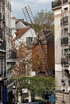 Montmartre, 'Moulin de la Galette', 83, rue Lepic, Paris XVIII