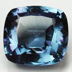 11.35 CTS. RARE NATURAL CROWN ALEXENDRITE COLOR CHANGE CUSHION GEMSTONE Start Bid Now $0.99