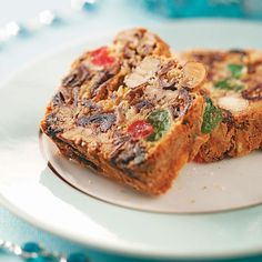 Jeweled Recipe -I promise this jeweled fruitcake is simply fantastic. Even my friends and family members who don't normally care for fruitcake say they love it! Food Cakes, Cupcake Cakes, Rose Cupcake, Cupcake Toppers, Cake Recipes, Dessert Recipes, Picnic Recipes, Baking Desserts, Easter Recipes