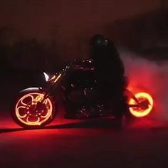 Cool Gadgets To Buy, Car Gadgets, Bicycle Wheel, Bicycle Tires, Futuristic Motorcycle, Futuristic Cars, Car Tools, Dirtbikes, Transformers