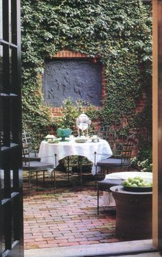 Antony Childs' Georgetown living room. Photos by William Waldron, from House and Garden, August 1989.
