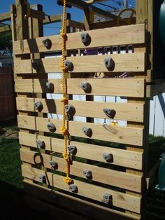 23 Awesome Climbing Walls For kids 23 Awesome Climbing Walls For kids<br> How awesome is to have a climbing wall in your home? Climbing wall is every child dream. If you want to make something interesting for your kids room then Kids Outdoor Play, Outdoor Play Areas, Kids Play Area, Backyard For Kids, Outdoor Fun, Outdoor Ideas, Outdoor Spaces, Kids Room, Playground Design