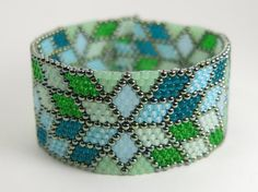 Seed Bead Bracelet  Blue and Green Bracelet  Peyote by LunamagicK