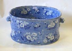 Blue and white Footbath 1820-1830