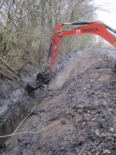 Oprensning af grøfter i Nebsager  Bøgeskov