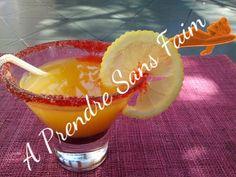A Prendre Sans Faim: Cocktail orange, citron, grenadine http://www.aprendresansfaim.com/2014/07/cocktail-orange-citron-grenadine.html