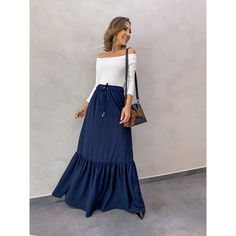Modest Dresses, Stylish Dresses, Fashion Dresses, Blue Skirt Outfits, Chic Outfits, Skirt Tumblr, Long Blue Skirts, Off Shoulder Floral Dress, Feminine Style