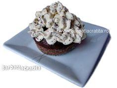 Briose cu ciocolata Muffin, Breakfast, Food, Morning Coffee, Essen, Muffins, Meals, Cupcakes, Yemek