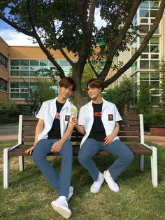 Nct 127, Bubble Pictures, Nct Dream Jaemin, Nct Life, Korean Boys Ulzzang, Boy Photography Poses, Jeno Nct, Na Jaemin, Best Couple