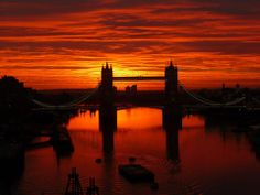 I'd love to go to London and see the Tower Bridge someday!