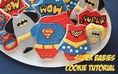 Galletas bebé superhéroes decoradas con glasa real Superheros babies cookies decorated with royal icing