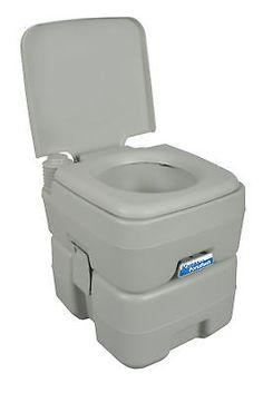 die besten 25 toilette farben ideen auf pinterest toiletten ideen badezimmer farbschemen und. Black Bedroom Furniture Sets. Home Design Ideas