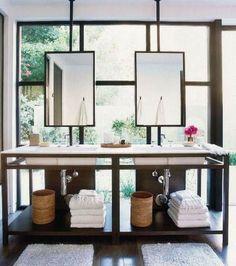Miroirs suspendus salle de bain moderne