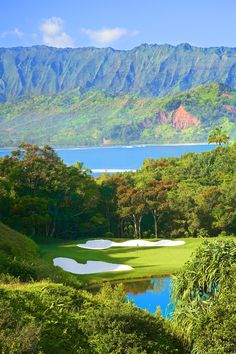 Stunning shot of a course on Kauai.  Can you help me name the course so I can map it to our database?