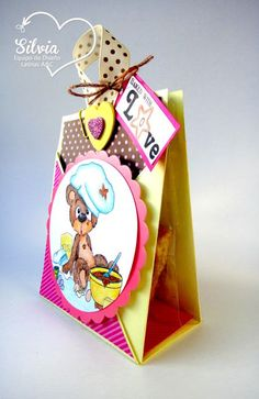 Silvia Scrap: Tutorial 41 en Latinas Arts And Crafts. Te Cookie Holder Digi Baked with Love de Stichy Bear´s Digi Outlet