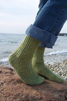 Knitting Information, Tips, and How-Tos Hedgerow socks. Free pattern