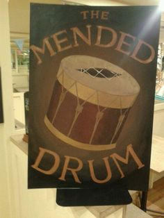 Cafe becomes Discworlds mended drum for Pratchett event.