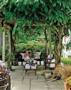 A getaway garden room in your own backyard porch and living Outdoor Garden Rooms, Garden Spaces, Outdoor Areas, Outdoor Living, Outdoor Decor, Garden Living, Home And Garden, Porches, Gazebos
