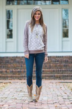 I actually have this shirt and pants . But the shirt is grey . Mint Julep Boutique, Lace Sweater, Cool Style, My Style, School Outfits, Country Girls, Refashion, Girls Out, Bohemian Style