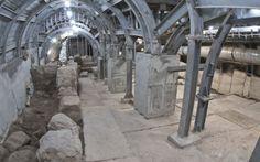 Israelis unearth evidence of Jerusalem's last battle 2000 years ago. (Roman Legions vs Israel in 70AD) - May 25, 2017
