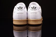 ADIDAS STAN SMITH (GUM) | Sneaker Freaker