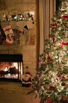 Christmas Fireplace ☸