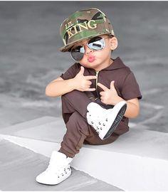 Baby Boy Jumpsuit, Baby Boy Dress, Baby Boy Outfits, Cute Kids Fashion, Little Boy Fashion, Baby Boy Fashion, Stylish Baby Boy, Stylish Little Boys, Designer Kids Wear