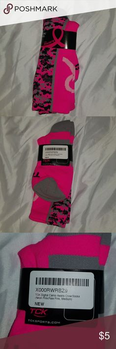 Breast Cancer Awareness Socks Breast Cancer Awareness Socks; NWT Underwear & Socks Athletic Socks