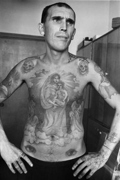 The Russian Criminal Tattoo Archive documents Russian criminals' tattoos and their coded meanings — and includes tattoo drawings by prison guard Danzig Bal Russian Prison Tattoos, Russian Criminal Tattoo, Russian Tattoo, Gangster Tattoos, Prison Tattoo Meanings, Trash Polka, Russian Fashion, Russian Style, Tattoos With Meaning