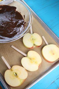Chocolate Turtle Apple Slices