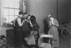 Red Cross knitting projects, St. Paul. 1917 - 1918