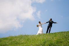 Hochzeit Katja & Reto Wedding Destinations, Destination Wedding, Place To Shoot, Group Shots, Female Poses, Love At First Sight, Wedding Groom, Engagement Shoots, Great Photos