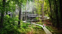 Parkorman Park de DROR en Estambul permitirá a los visitantes saltar en trampolín sobre las copas de los árboles
