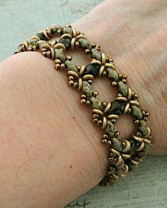Linda's Crafty Inspirations: Free Beading Pattern - Ivy Bracelet