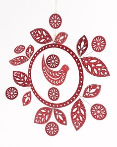 Red Wooden Dove Wreath