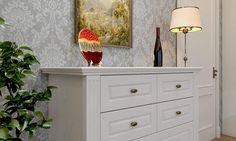 Гостиная классика Моцарт АВ231 1 барный шкаф, комод и межкомнатная дверь производитель мебели на заказ Деметра Вудмарк