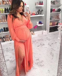 Maternity Long Sleeve Side Slit Full-Length Dress: How to Dress when Pregnant. You can still look stylish and feel good. Cute Maternity Outfits, Stylish Maternity, Pregnancy Outfits, Maternity Wear, Long Sleeve Maternity Dress, Maternity Dresses For Baby Shower, Pregnancy Info, Pregnancy Dress, Maternity Spring Dresses