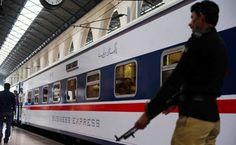 ریلوے حکام نے زبردستی بزنس ٹرینیں روک لیں