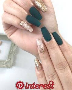 5 Gorgeous Black Nail Designs with Rhinestones Only for you – Check them out! Here we have got some lovely and adorable nail art designs where you can get your desired design for yourself. Black Nail Designs, Beautiful Nail Designs, Acrylic Nail Designs, Nail Art Designs, Dark Green Nails, Black Nails, Prom Nails, Long Nails, Gorgeous Nails