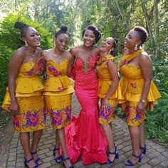South African Wedding Dress, African Bridesmaid Dresses, African Dresses For Kids, African Wedding Attire, African Wear Dresses, Latest African Fashion Dresses, Venda Traditional Attire, Tsonga Traditional Dresses, South African Traditional Dresses