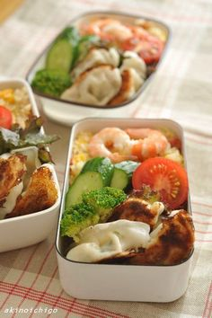 夏休みのお弁当  shrimp, dumplings, vegetable, rice bento box
