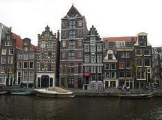 Grachtenpanden in het oude Amsterdam.