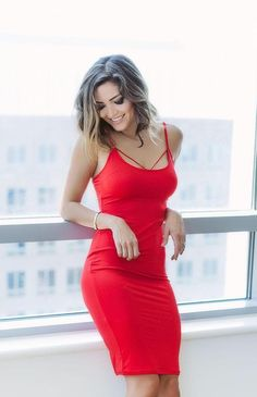 @glambymoni looking so sexy in those striking red lace-up back bodycon dress. #LBSDaily