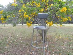 ♤♯ #Vintage #Metal Stool With Seat Back, Kitchen Stool, #Photo Prop, #Metal s... Retweet http://etsy.me/2oOrrho