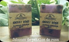 Jabón pétalos de rosas -Blend & Wear- Coffee, Drinks, Sweet, Handmade, Rose Petals, Glycerin Soap, Soaps, Roses, Kaffee