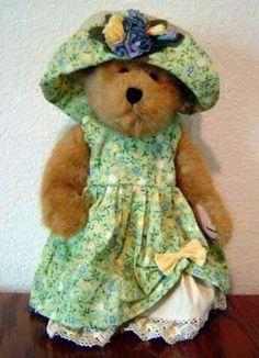 bear01.jpg (300×415) Big Teddy, My Teddy Bear, Cute Teddy Bears, Bear Toy, Charlie Bears, Boyds Bears, Love Bear, Mary Elizabeth, Cuddling
